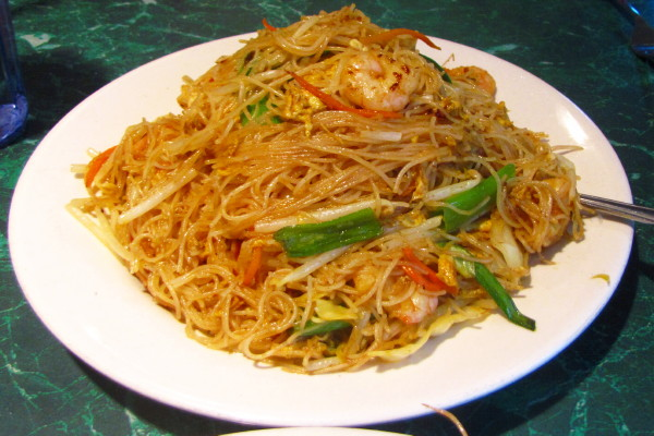photo of Singapore noodles from Apsara, Providence, RI