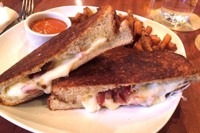 photo of grilled cheese with bacon from Armsby Abbey, Worcester, MA