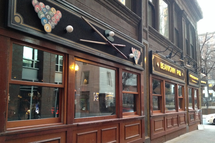 photo of Beantown Pub, Boston, MA