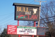 photo of the Bull and Claw, Wells, Maine