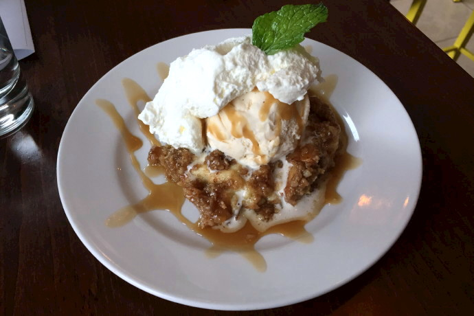 photo of apple crisp cheesecake from CK Pearl, Essex, MA, MA