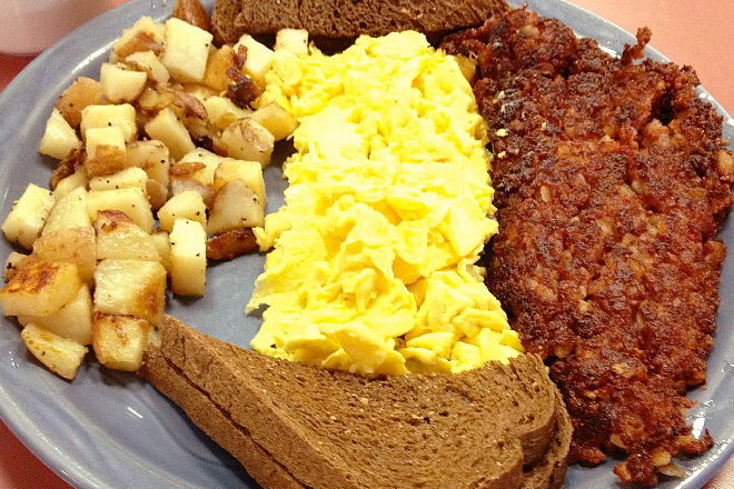 photo of a breakfast plate from Donna's Restaurant, East Boston, MA (from hiddenboston.com)