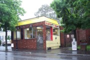 photo of Elliot's Famous Hot Dogs, Lowell, Massachusetts