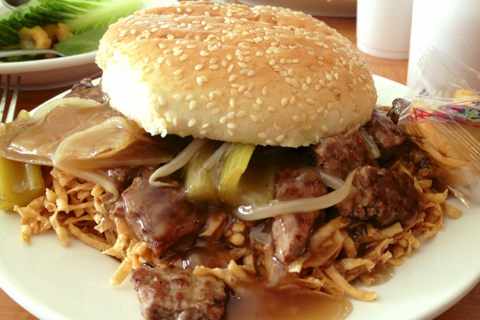 photo of chow mein sandwich from Evelyn's Drive-In, Tiverton, RI