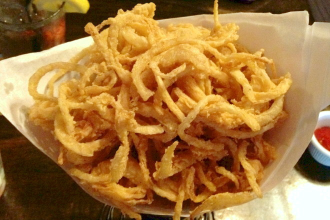 photo of onion strings from the Fat Cat, Quincy, MA