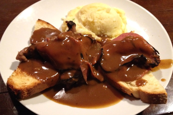 photo of open-faced roast beef sandwich from Finnegan's Wake, Walpole, MA