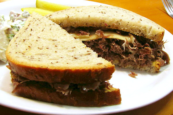 photo of corned beef sandwich from Inna's Kitchen, Newton, MA