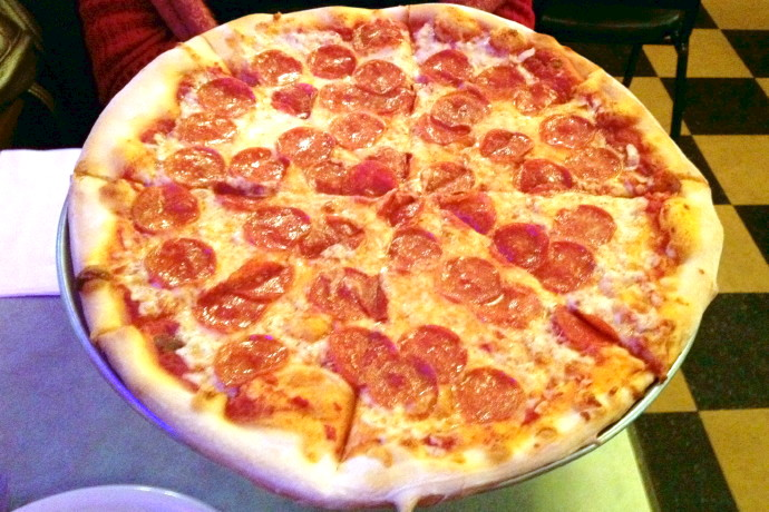 Image gallery italian pizza express for Classic house of pizza marlborough ma