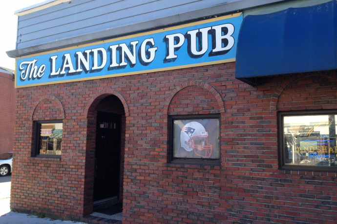 photo of The Landing Pub, Braintree, MA