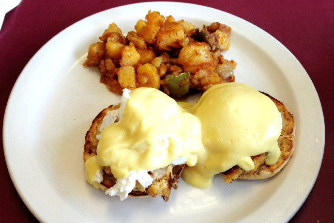 photo of crab cake benedict from the Mad Hatter Cafe, Weymouth, MA