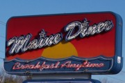 photo of the Maine Diner, Wells, Maine