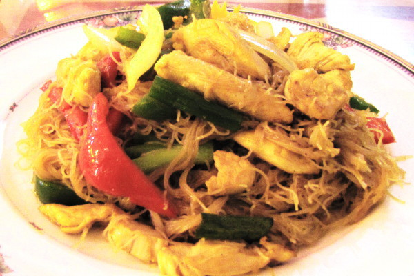 photo of Singapore noodles from Mango II, Tewksbury, MA