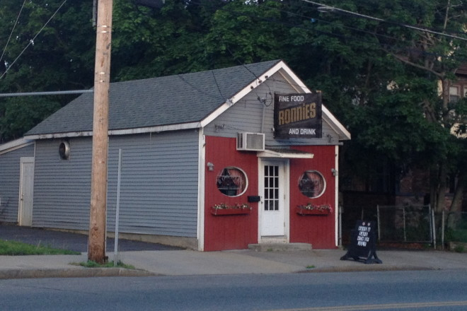 photo of Ronnie's, Stoughton, MA