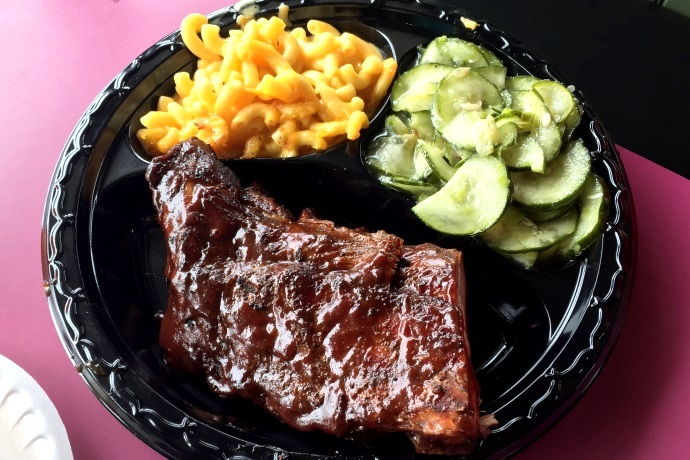 photo of baby back ribs from Tennessee's, Braintree, MA