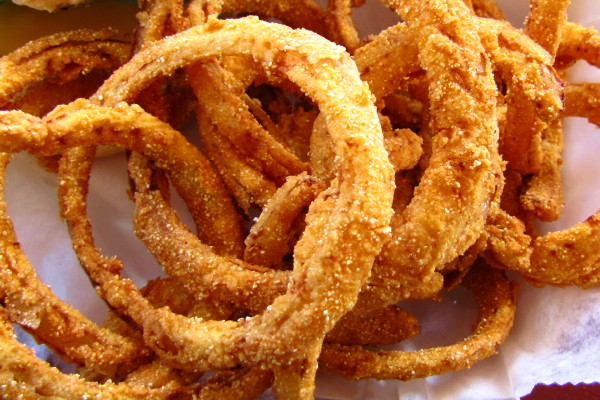photo of onion rings from White Cottage Snack Bar, Woodstock, VT